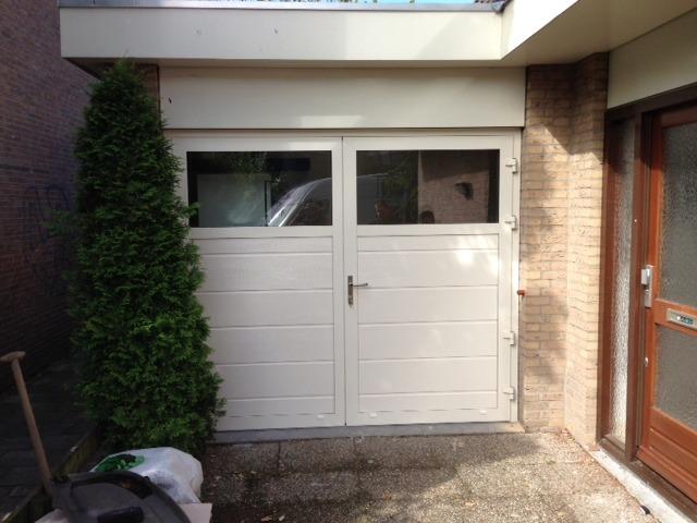 Openslaande deuren met helder glas different doors garagedeuren - Deur kast garagedeur ...