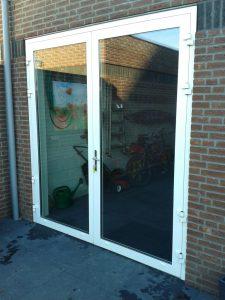 openslaande-garage-deuren-glas