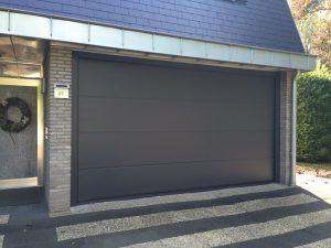sectionaaldeur-garagedeur-weert-vlak-glad